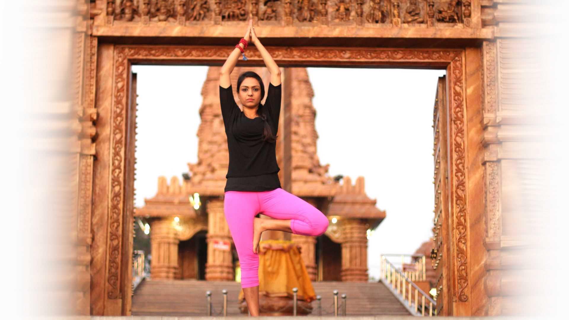 sweta-saraogi-yoga-seattle1